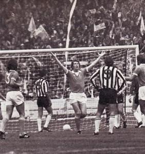 1975-76 league cup final barnes goal celeb