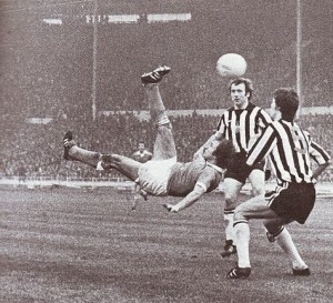 1976 league cup final tueart goal 1975 to 76