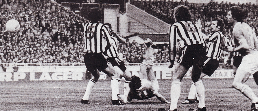 1976 league cup final tueart goal 5