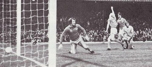 blackpool away 1978 to 79 league cup blackpool goal1