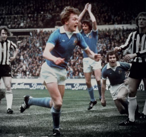 newcastle 1976 cup final barnes goal7