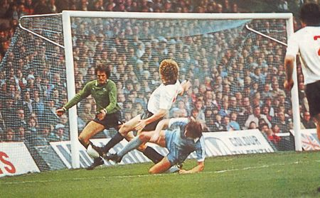 derby home 1978 to 79 action4