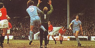 man utd home 1978 to 79 action