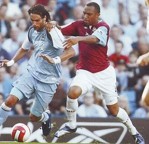 west ham home 2006 to 07 action