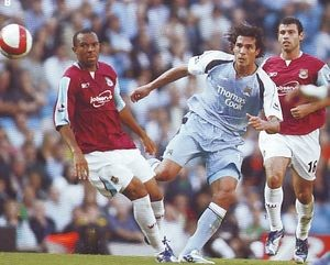west ham home 2006 to 07 action2