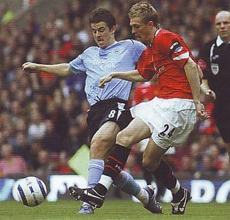 2005-06 utd away action