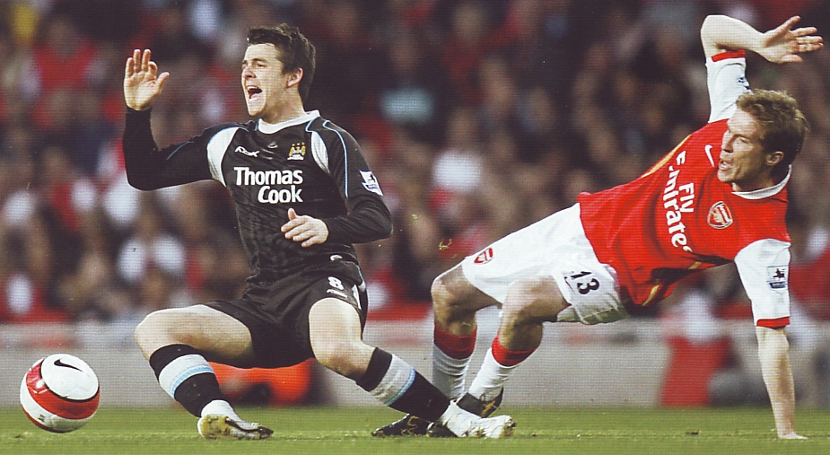 arsenal away 2006 to 07 action3