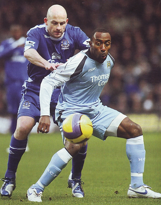 everton home 2006 to 07 action2