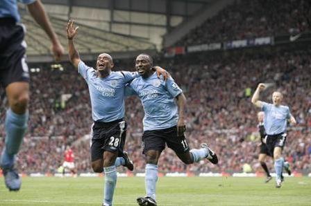 Soccer - FA Barclays Premiership - Manchester United v Manchester City - Old Trafford