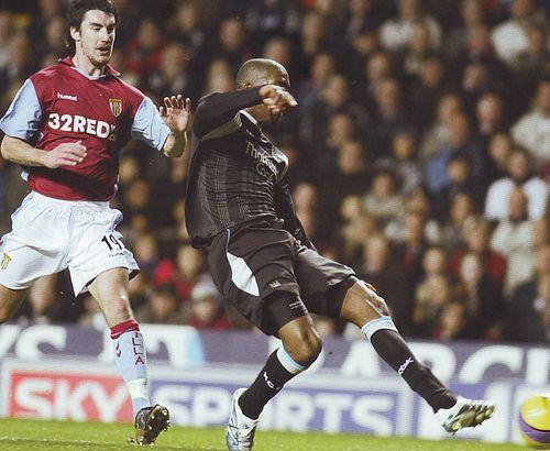 villa away 2006 to 07 distin goal