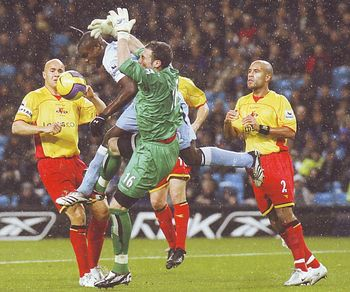 watford home 2006 to 07 action6