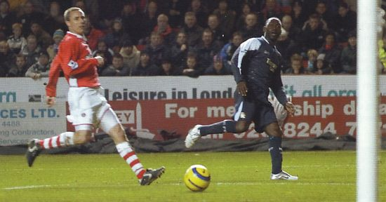 2005-06 charlton away cole citys 5th goal