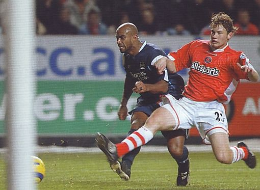 2005-06 charlton away sinclair goal2