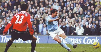 2005-06 utd home fowler 3rd goal3
