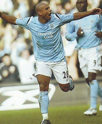2005-06 utd home sinclair goal3