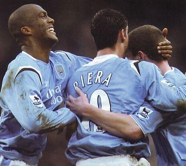 charlton home 2005 to 06 dunne goal