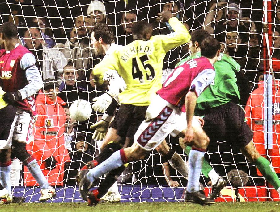 villa away fa cup 2005-06 richards goal2