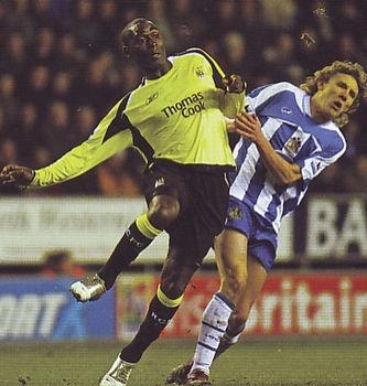 wigan away 2005 to 06 action2