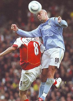 arsenal home 2004 to 05 action1