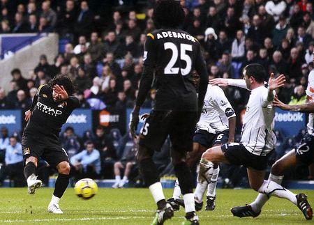 bolton away 2009 to 10 1st tevez goal