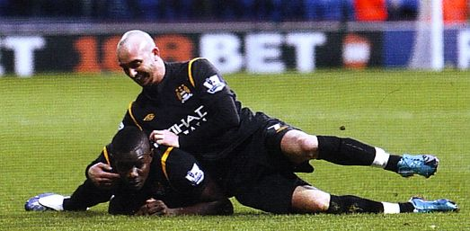 bolton away 2009 to 10 richards goal
