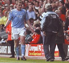 liverpool away 2004 to 05 dunne sent off