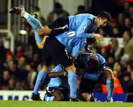 arsenal away 2004 to 05 swp goal2