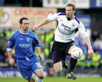 oldham facup away 2004 to 05 action