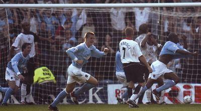 Fulham away 2003 to 04 wanchope goal celeb2