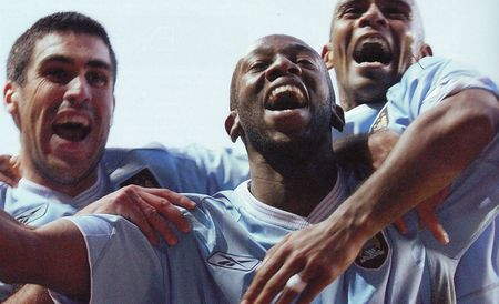 Southampton away 2003 to 04 wanchope goal celeb