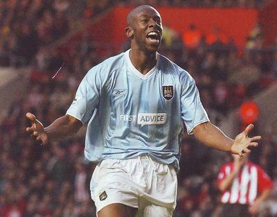 Southampton away 2003 to 04 wanchope goal celeb2