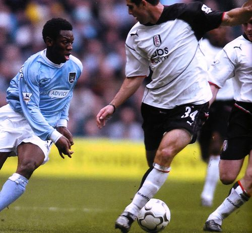 fulham home 2003 to 04 action