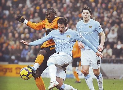 hull away 2009 to 10 action2