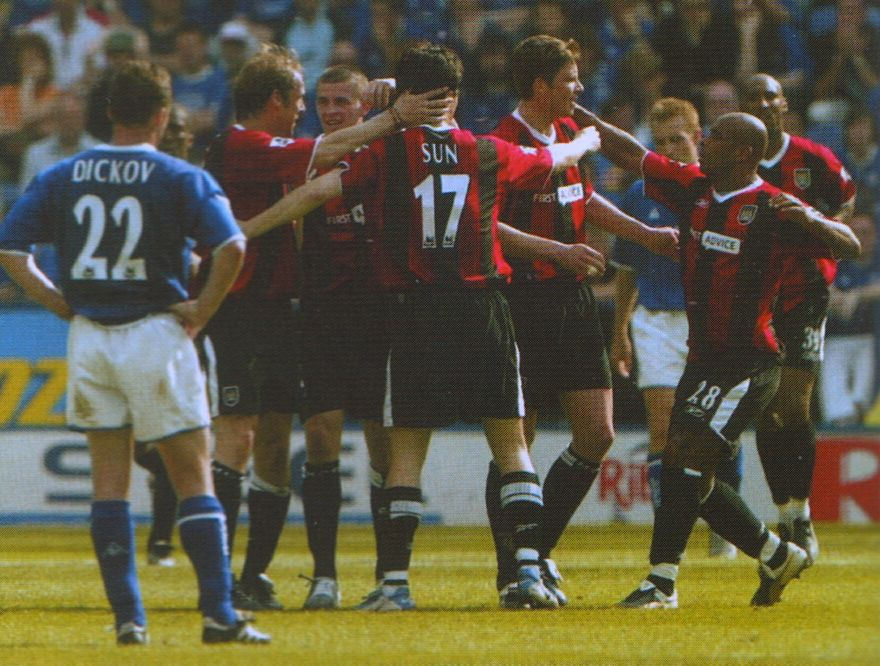 leicester away 2003 to 04 tarnat goal2