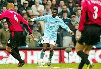 man utd home 2003 to 04 swp goal