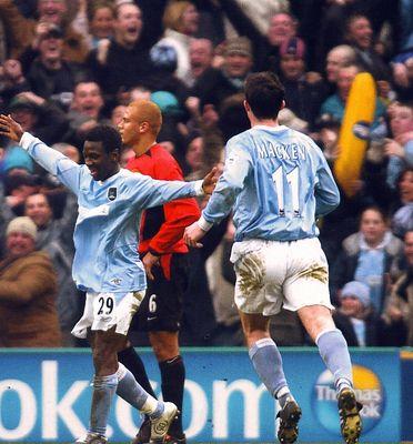 man utd home 2003 to 04 swp goal3
