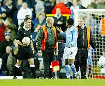tottenham away FA Cup 2003 to 04 barton sent off2