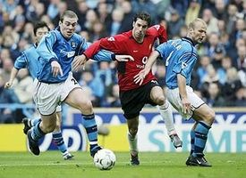 Man utd home 2002 to 03 action2