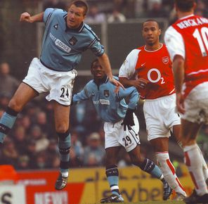 arsenal 2002 to 03 action2