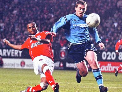charlton away 2002 to 03 action2