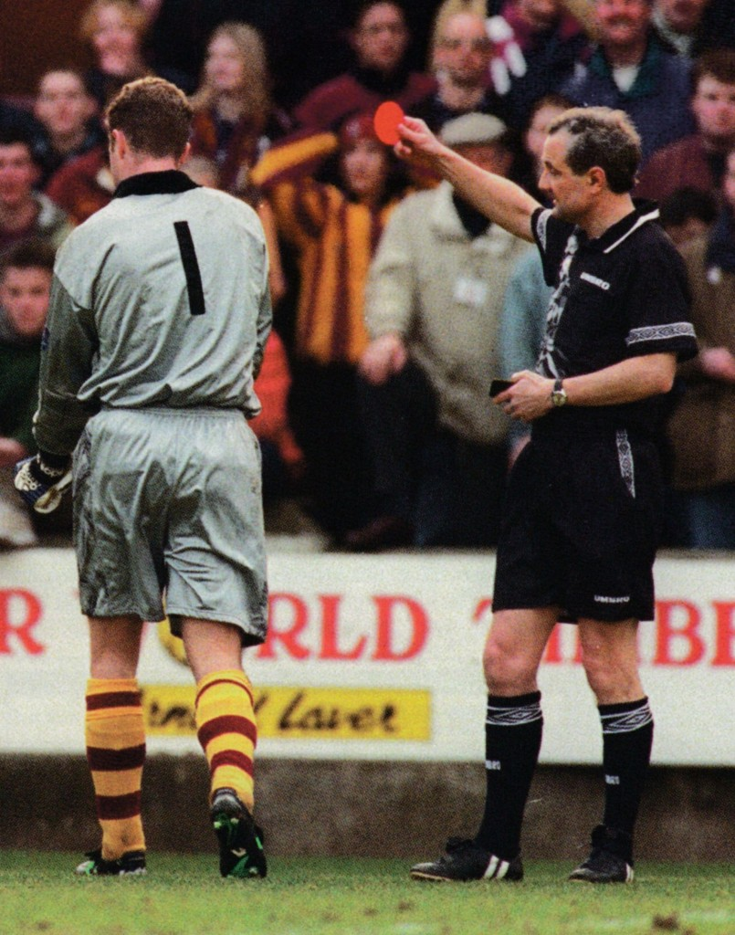 bradford away 1996 to 97 keeper sent off3