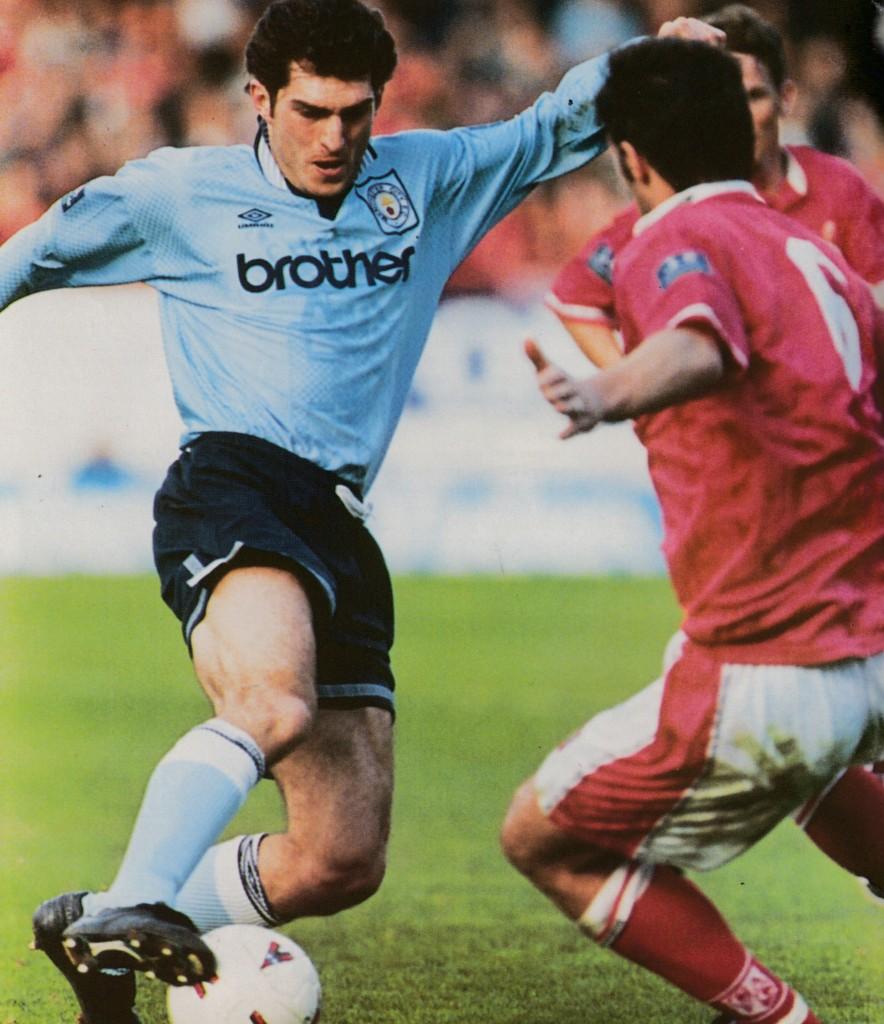 charlton away 1996 to 97 action5