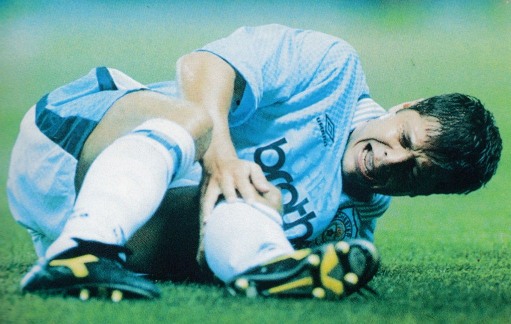 charlton home 1996 to 95 scott hiley carried off with serious knee injury