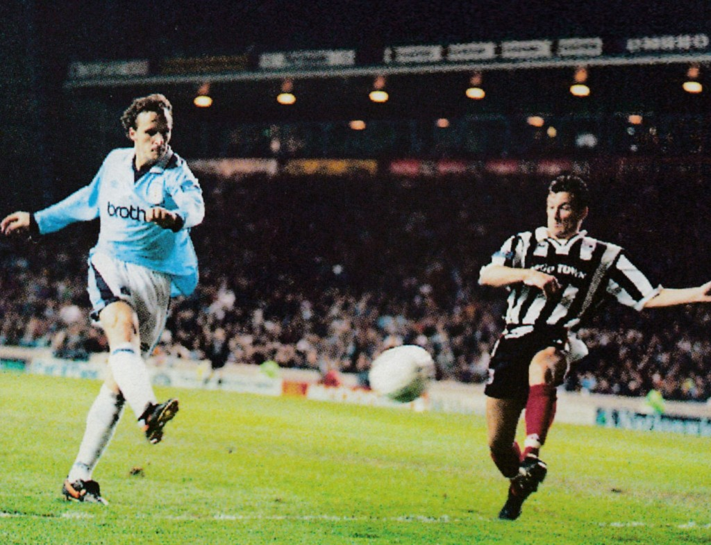 grimsby home 1996 to 97 2nd summerbee goal