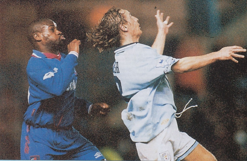 chelsea home 1994 to 95 action8