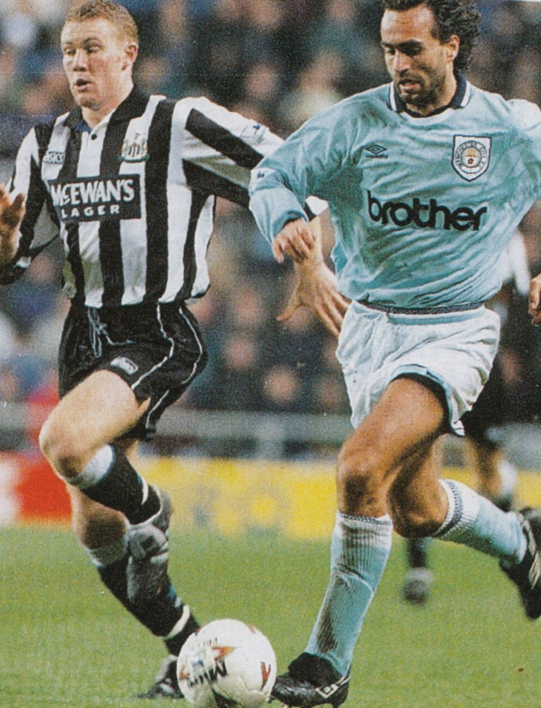 newcastle away lge cup 1994 to 95 action5
