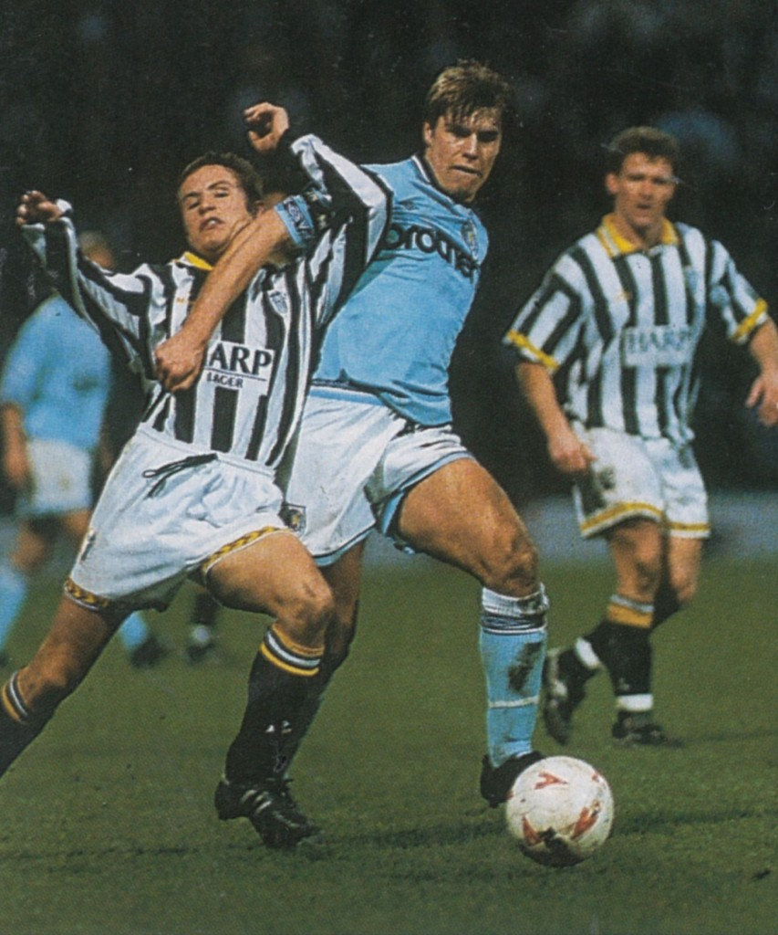notts county away fa cup 1994 to 95 action7