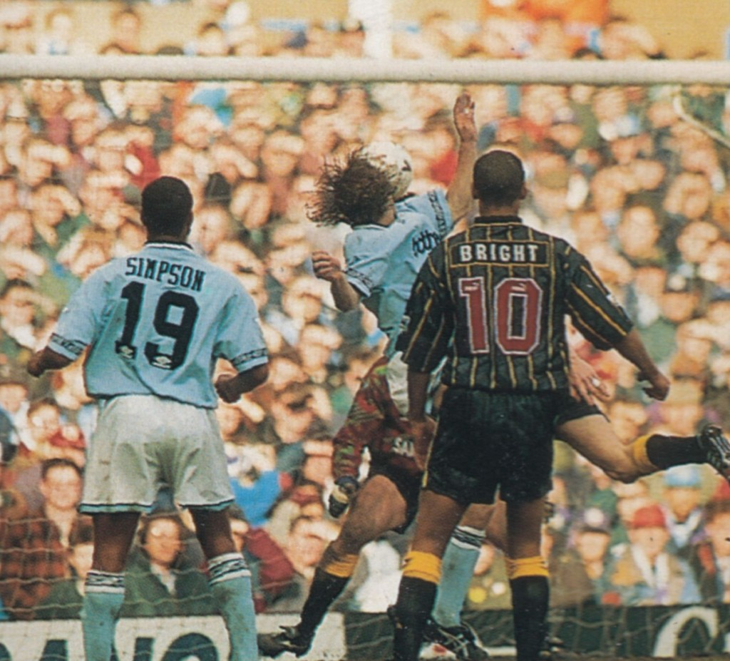 sheff weds home 1994 to 95 walsh goal4