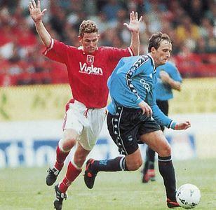 charlton away 1997 to 98 action