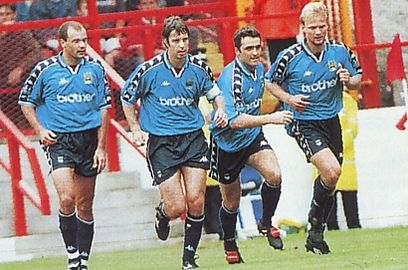 charlton away 1997 to 98 wiekens goal2